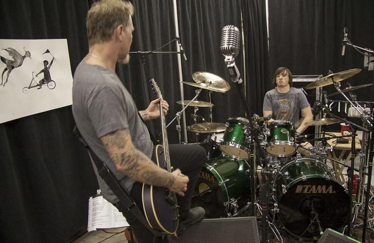 tocando com James Hetfield em Moscow