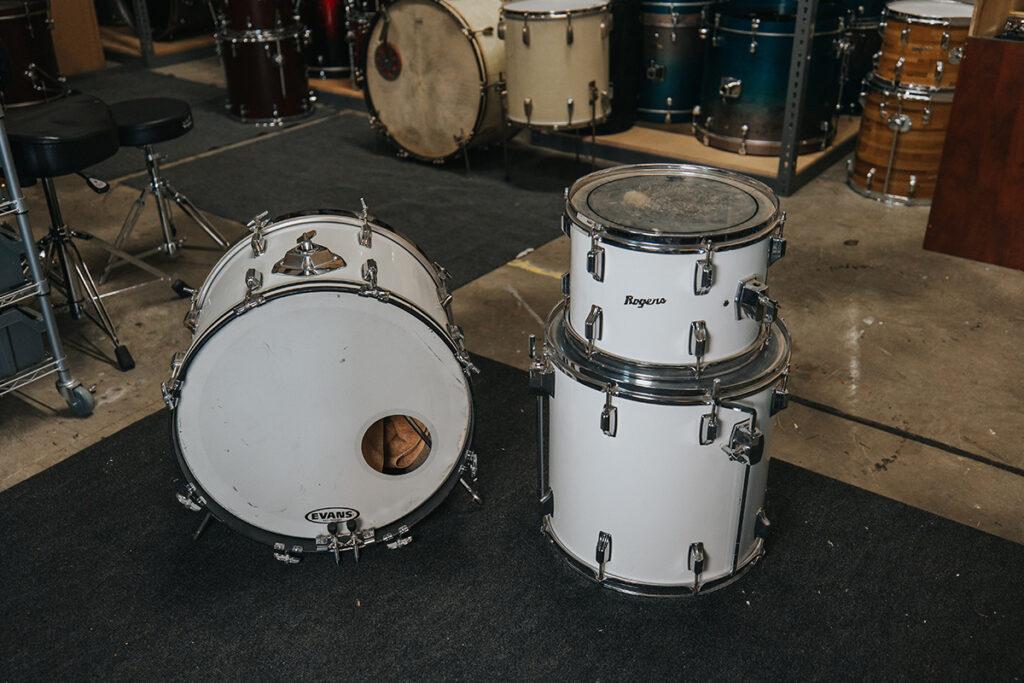 old used rogers drum kit